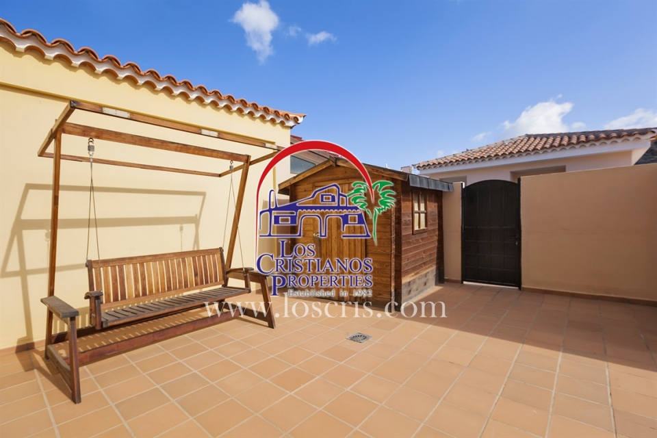 2 Bed TOWNHOUSE, PUNTA RASCA, PALM MAR (COSTA ARONA)